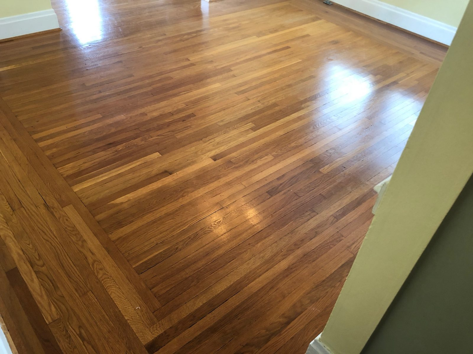 Professional Hardwood Floor Cleaning Cincinnati Ohio by Howards Cleaning Service