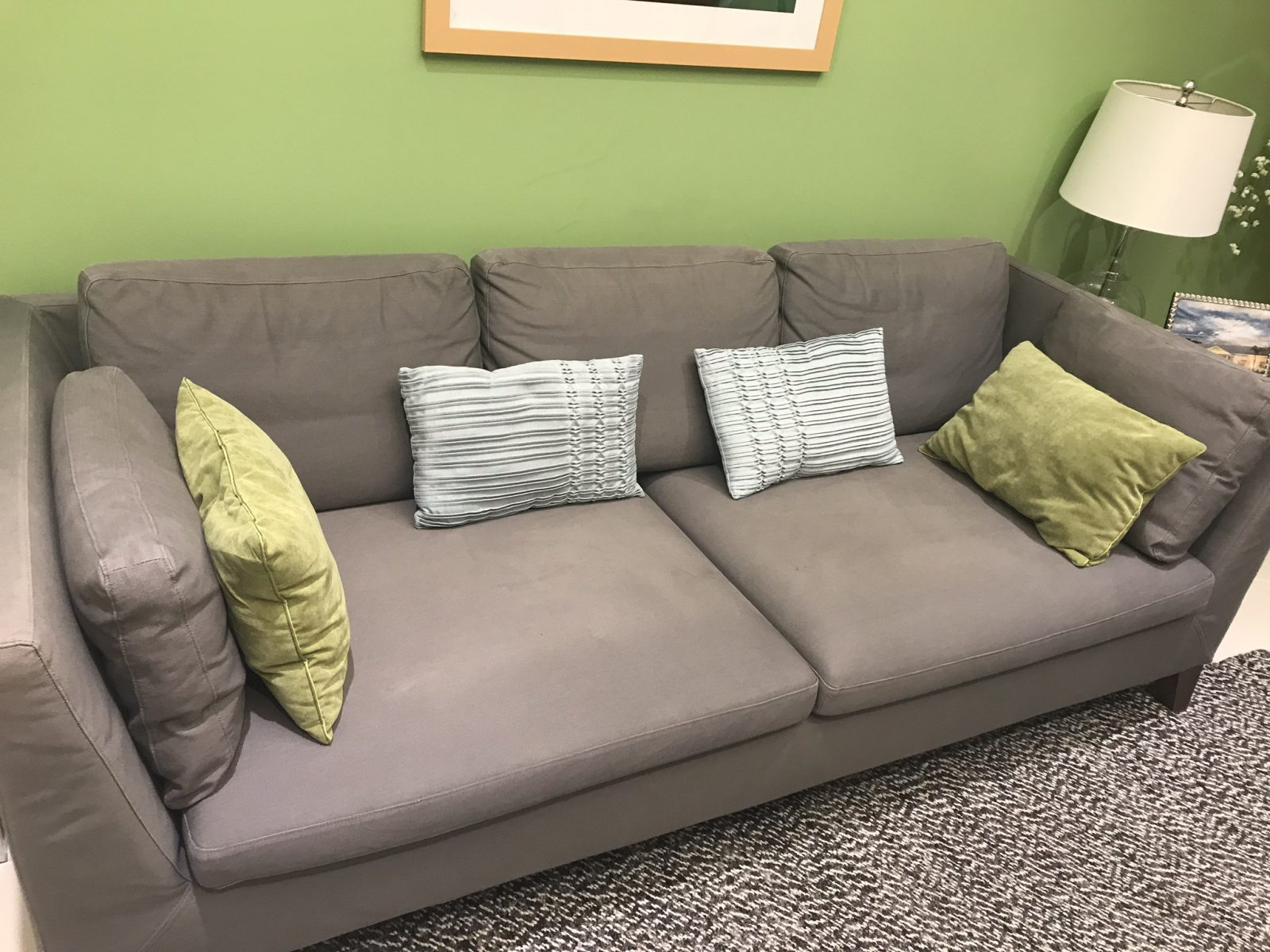 Professional Upholstery Cleaning Clearwater Florida by Howards Cleaning Service